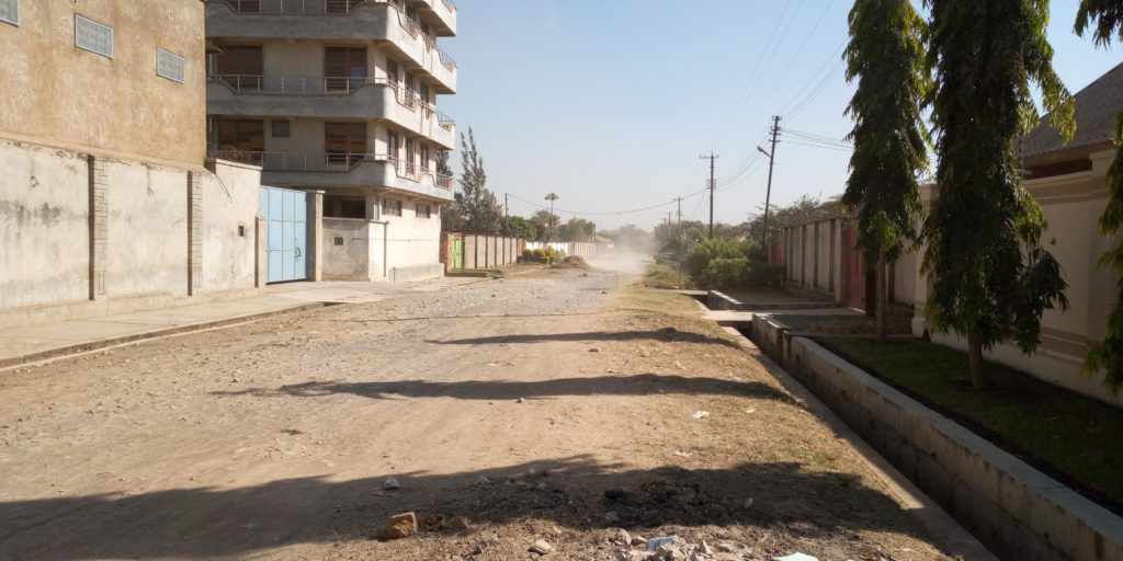 Avenue déserte à Lubumbashi lors du confinement